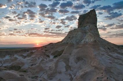 Sunrise, Jail Rock. Nebraska.